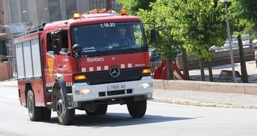 Avisen als bombers confonen fum per pols d'unes obres de l'estació del nord de Castellbell i el Vilar