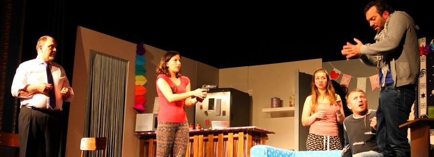 Casinoaktiu estrena temporada amb l'obra Burundanga del grup de teatre Cloteatre