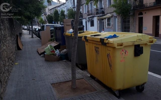 Incivisme Contenidors Joaquim Borràs_1