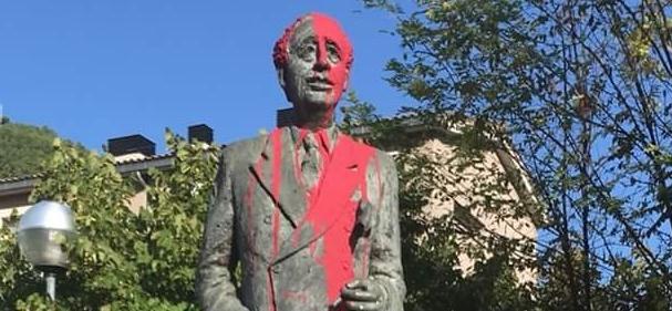 Atac al monument Lluís Companys