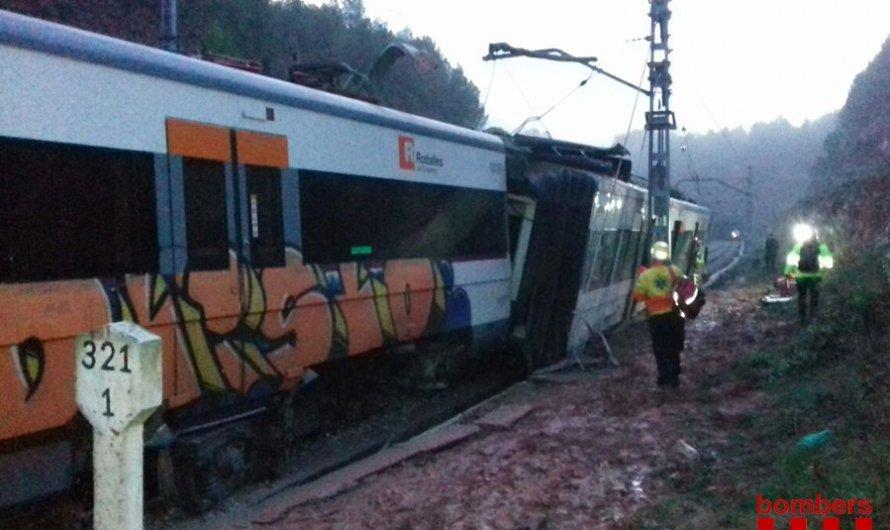 1 mort i diversos ferits a un descarrilament d'un tren R4 a Vacarisses