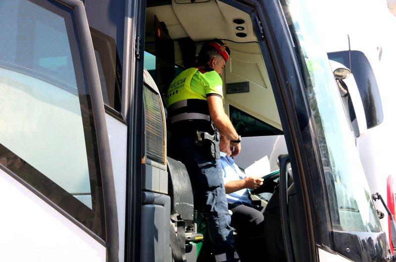 Augmenten els controls a Montserrat davant l'increment de taxistes il·legals