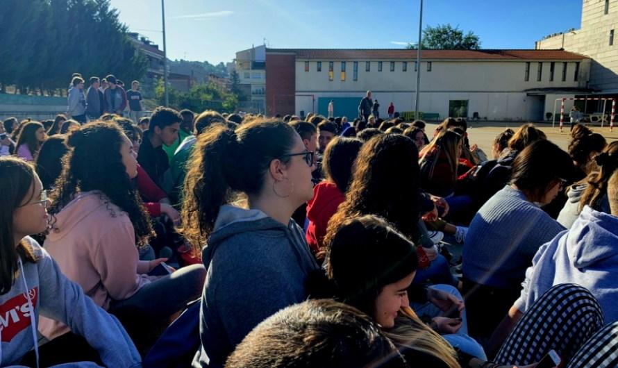 Seguda dels alumnes de l'institut Castellet.