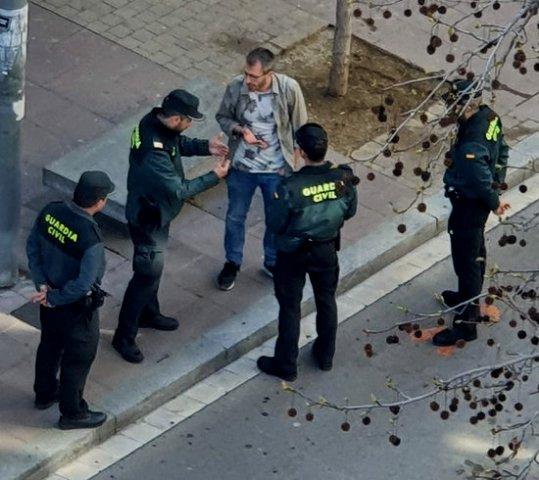 La Guàrdia Civil denuncia el president del PDeCAT a Manresa per parlar-los en català