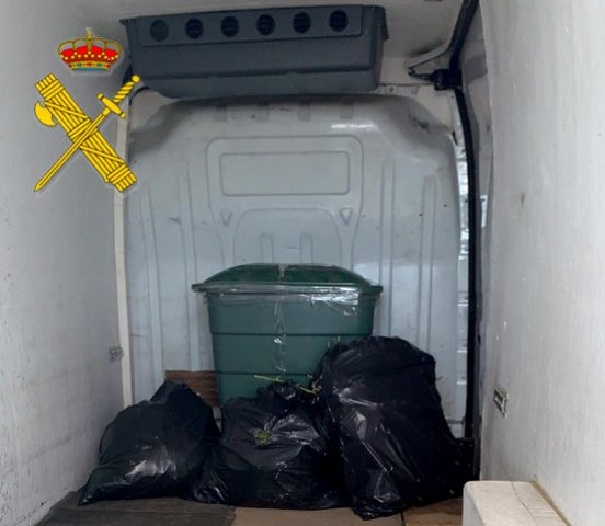 Detinguts al Bages per transportar marihuana en una furgoneta