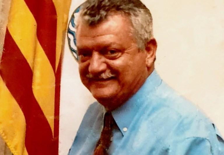 L'executiva del PSC del Bages, Berguedà i Solsonès elogien la dedicació a la política municipal durant 24 anys del Sr Badia