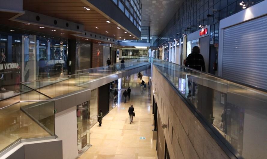 Catalunya obrirà centres comercials i grans comerços entre setmana amb un 30% d'aforament a partir de dilluns