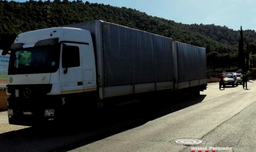 Detenen un camioner al Bages que multiplicava per nou la taxa d'alcoholèmia permesa