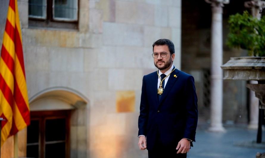 Aragonès completa el seu Govern amb els 14 consellers proposats a parts iguals per ERC i JxCat