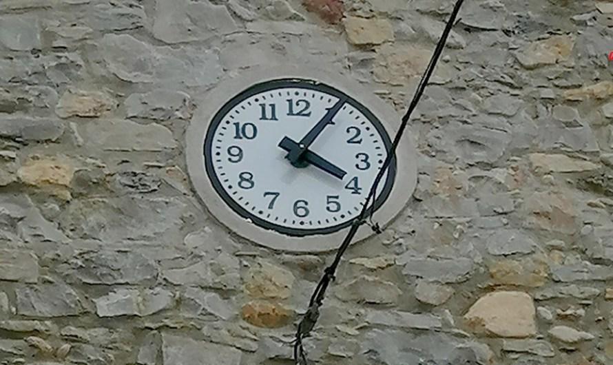 El rellotge de l'ajuntament, torna a funcionar