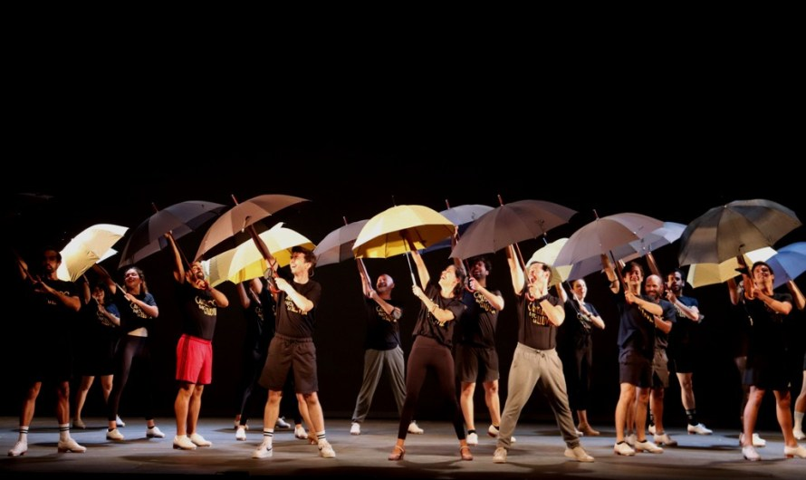 Últims assajos de 'Cantando bajo la lluvia', el nou musical del tàndem format per Manu Guix i Àngel Llàcer