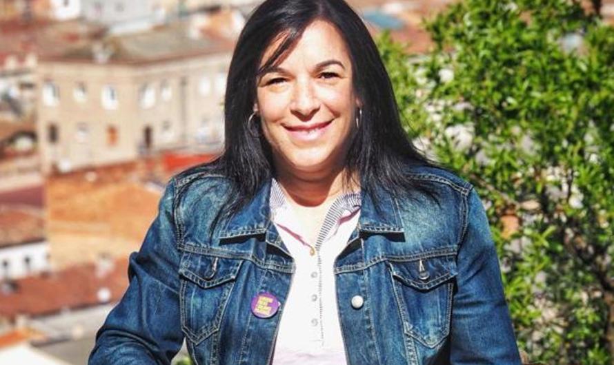 150 càrrecs electes del Bages donen suport a Adriana Delgado en la causa contra la mesa del Parlament