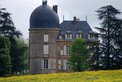 Le Chateau Digoine near Genelard
