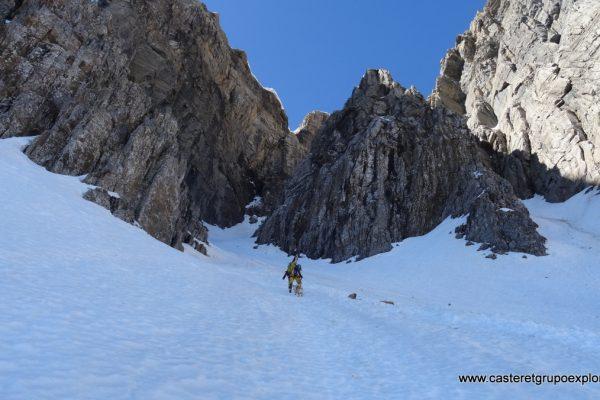 Corredor de la Zeta en Telera. Casteret guías de montaña