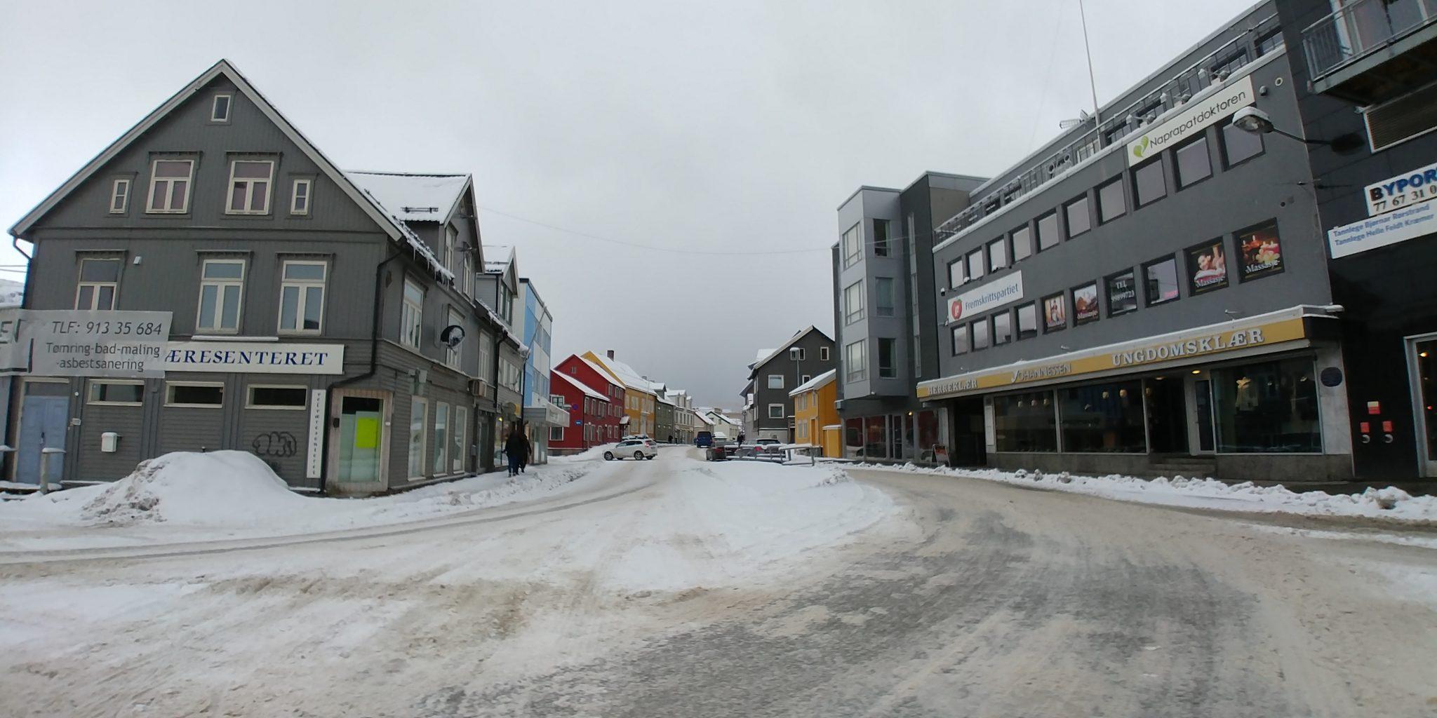 esquí de montaña en Noruega. Tromso