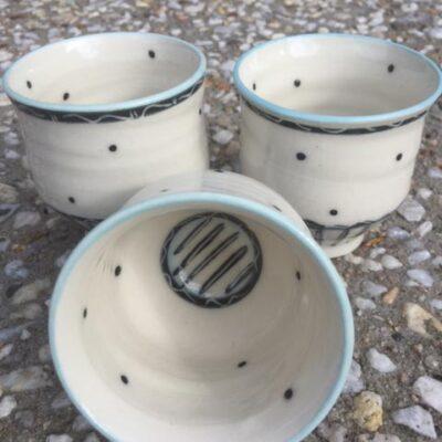 Dee-Hutchinson_ceramic-pots