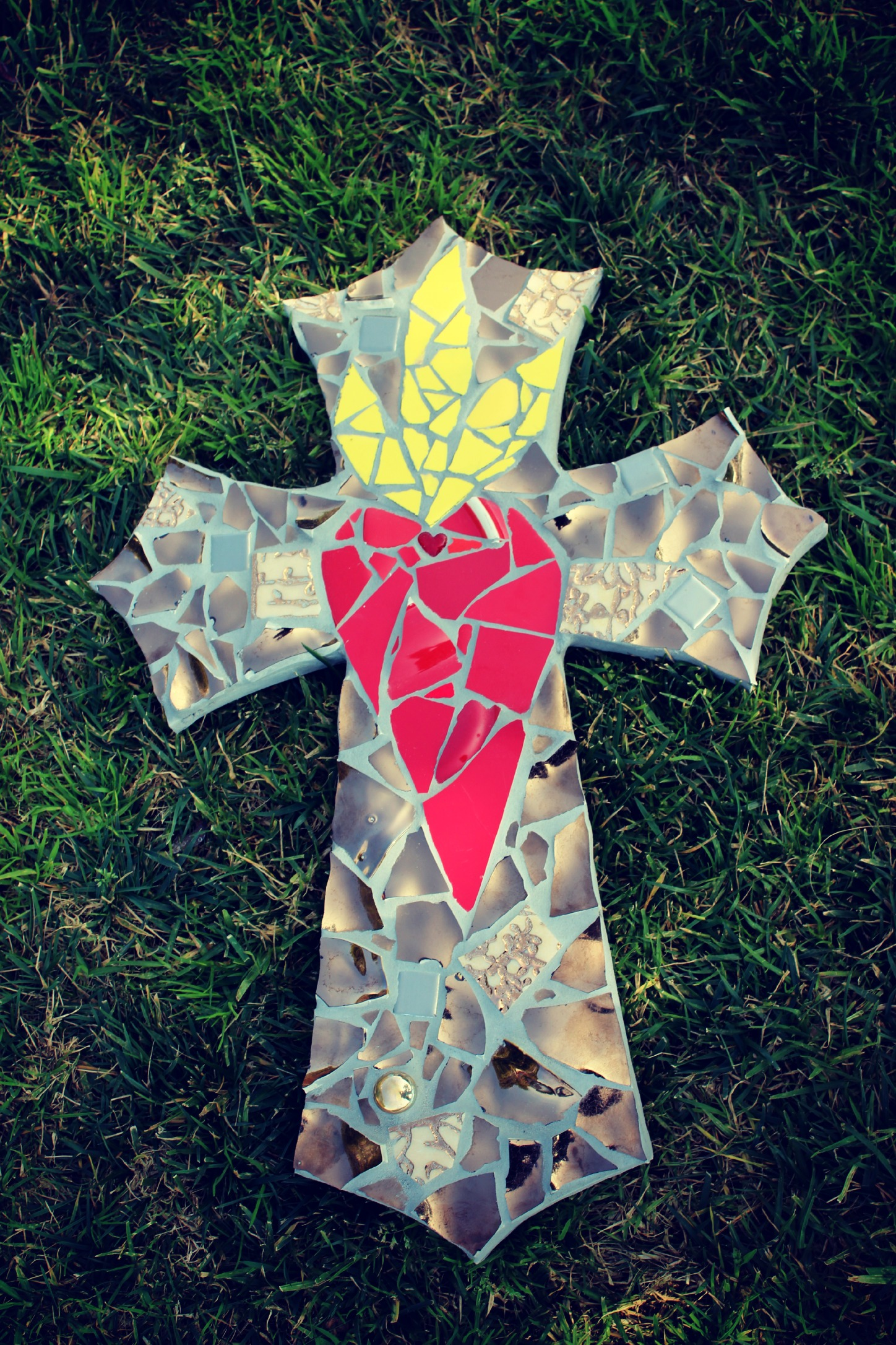 Auction Package No 99 Mosaic Cross By Rachel Skelly