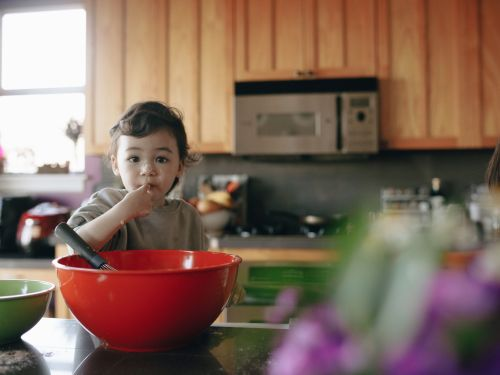 When Babies Can Start to Eat Solid Foods?