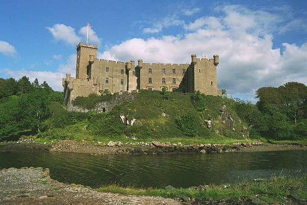 Dunvegan Castle on a clear day