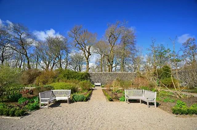 Dunvegan castle gardens