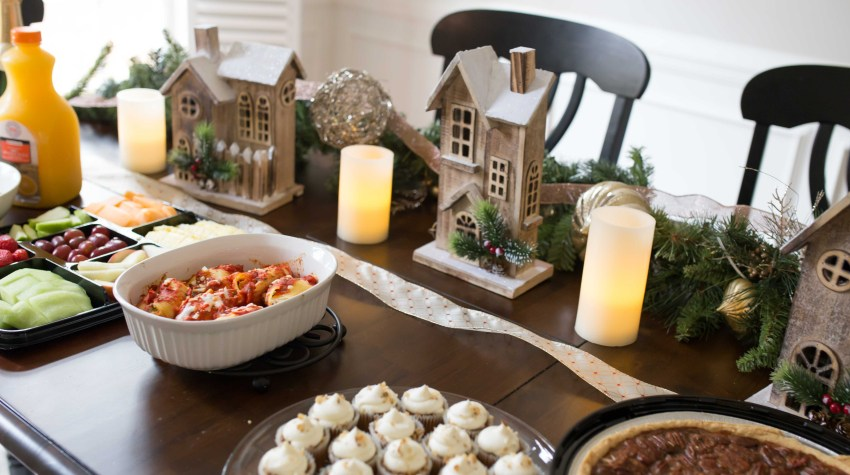 5 Tips for Hosting During the Holidays