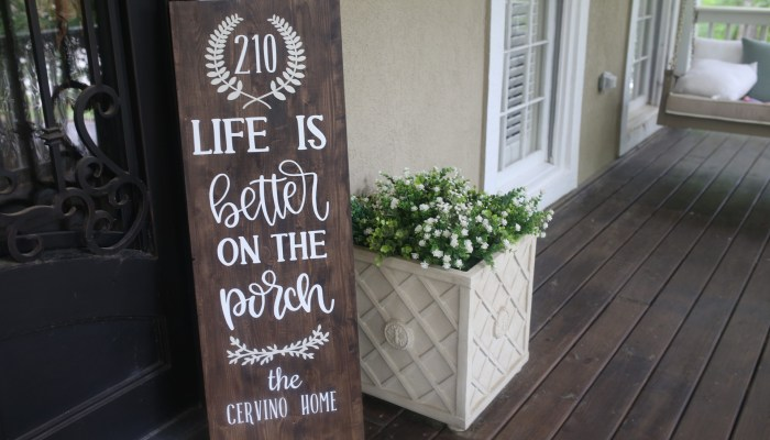 DIY Personalized Porch Sign