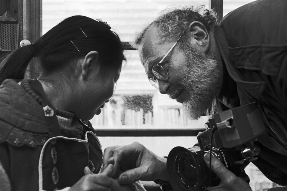 Famous photographers and their cameras 009