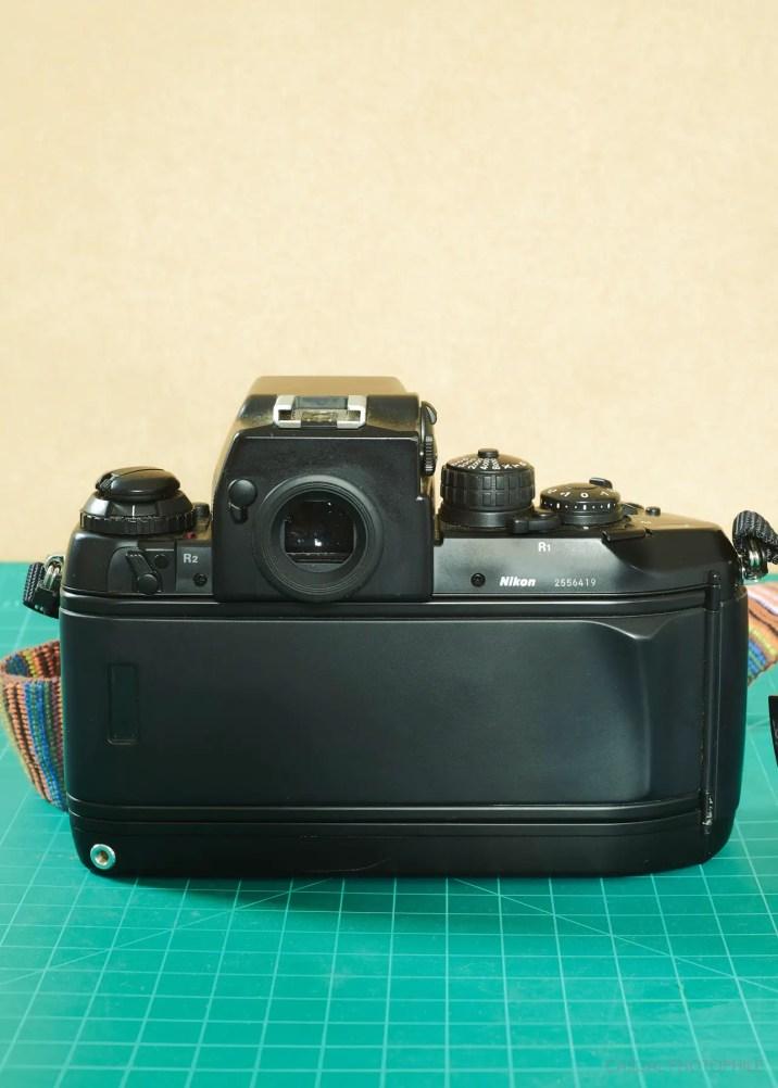 Nikon F4 (3 of 9)