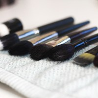 How to: Clean Makeup Tools & Brushes