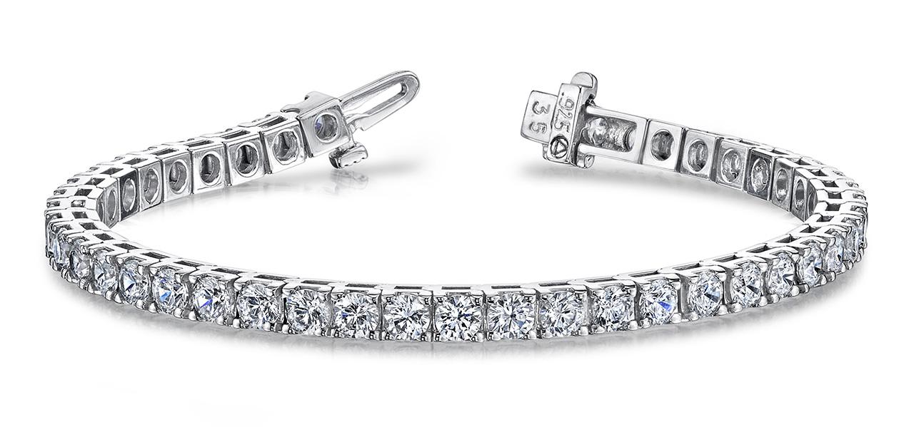 B131 Four prong diamond bracelet
