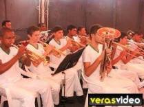 Antoninho tocando trompeti