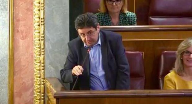 البرلماني السابق من أصول مغربية: مقترح الحزب الإشتراكي الإسباني سيعطي فرصة التصويت لأكثر من مليون ناخب من أصول مغربية