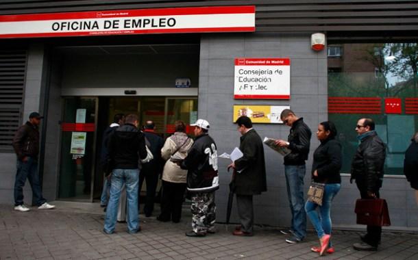 1.7 في المائة من المهاجرين يتلقون مساعدات إجتماعية بإسبانيا.