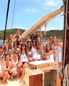 Boat Trips in Platja d'Aro - La Pepa. Come and enjoy