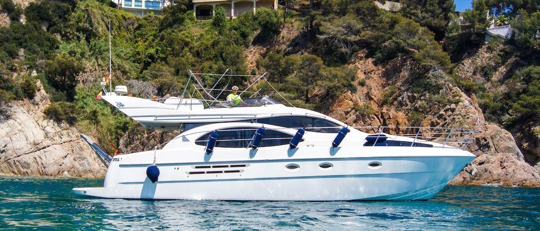 Costa Brava Charter Alquiler de barcos yates