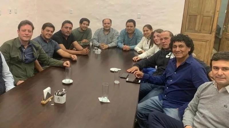 Beto Natella, Gustavo saadi, Mauricio Varela, Francisco Sosa, Daniel Zelaya, Ivana Ibañez, Gustavo Aguirre