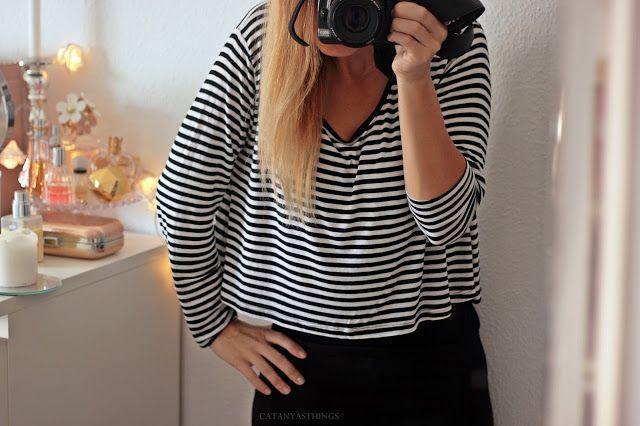 combinaciones outfit blanco y negro minimalista