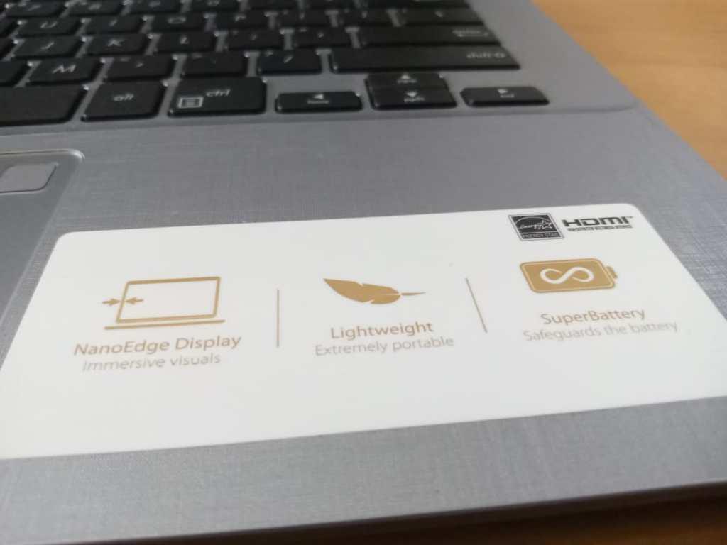 Spesifikasi  Laptop ASUS A407UF