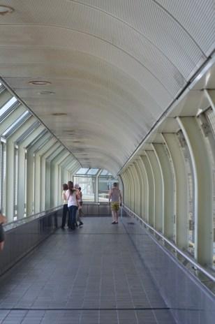 salah satu lorong jembatan