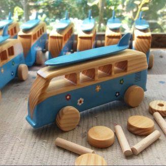 Ayo Membuat Mainan Anak Berbahan Kayu Yang Unik