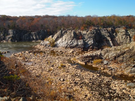 potomac branch between rocky islands