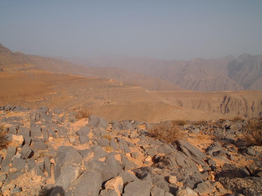 the road to jebel harim: petroglyphs, mountain views & graveyards (4/6)
