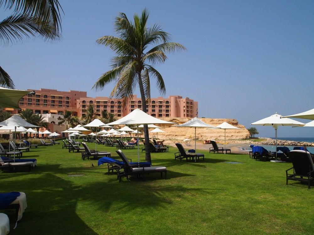 a day in paradise at shangri-la's barr al jissah resort & spa (6/6)