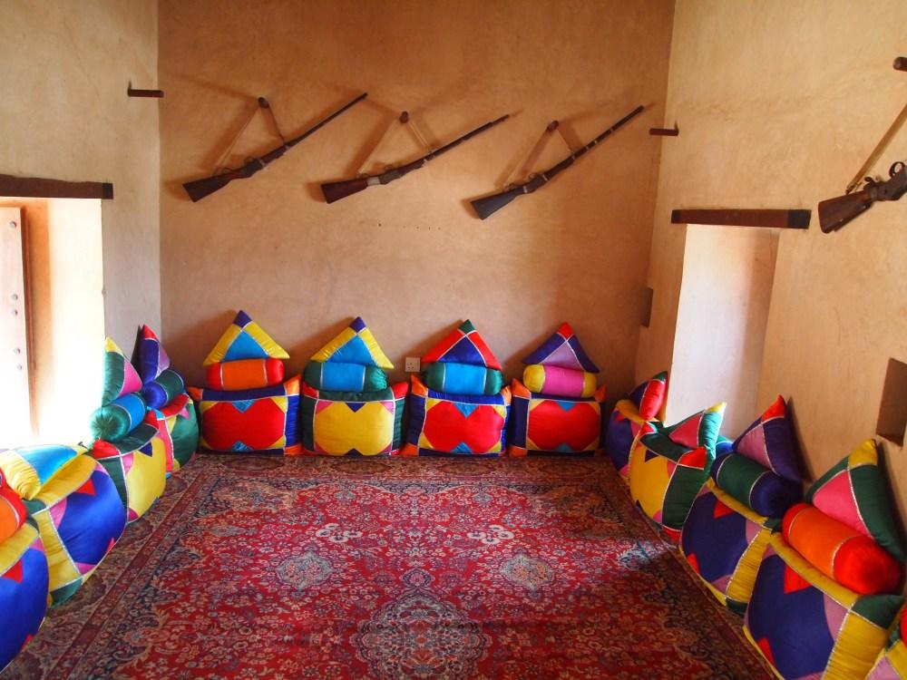 the rustaq loop: nakhal fort & ain a'thawwarah hot springs. {1st stop} (4/6)