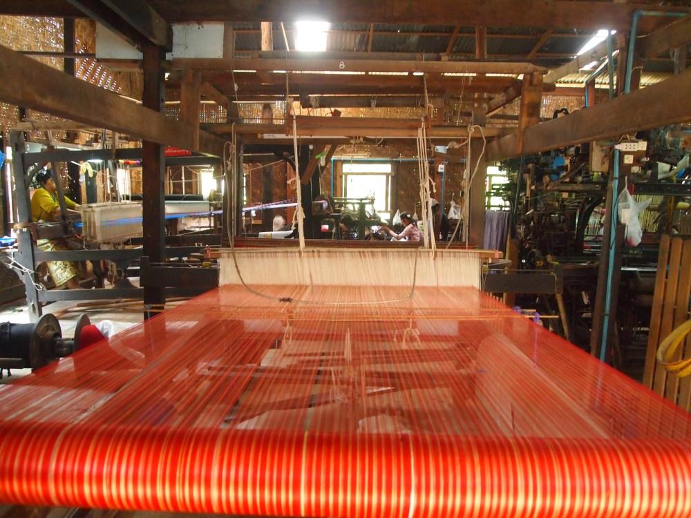 a silk weaving factory, a buddhist academy & sagaing hill (6/6)