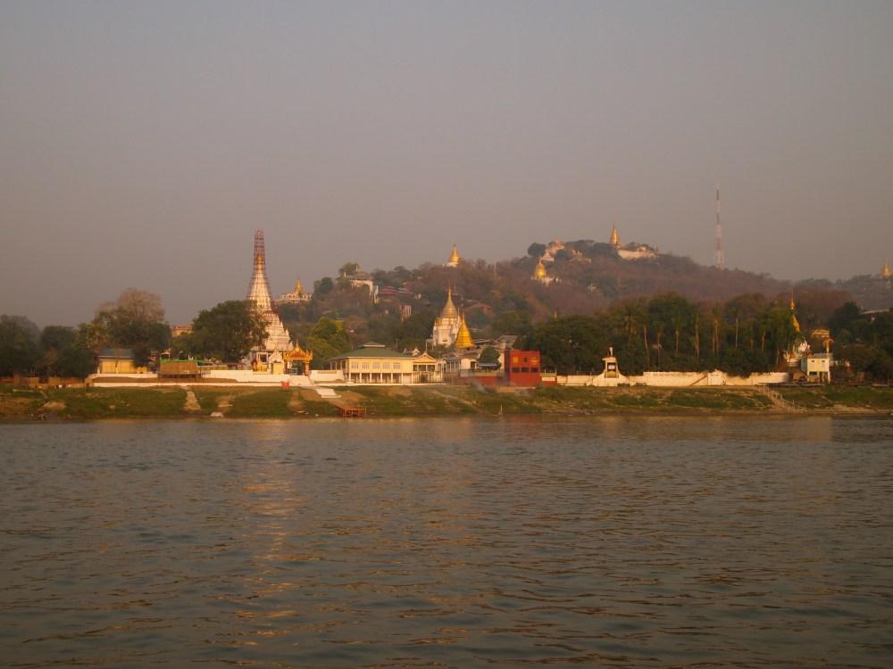 a slow cruise down the ayeyarwady river from mandalay to bagan (6/6)