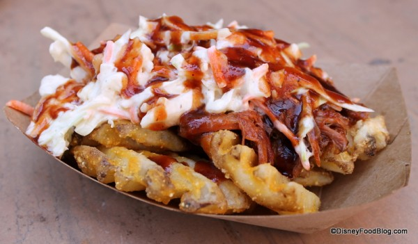 pork-barbecue-waffle-fries-golden-oak-outpost-14-600x351