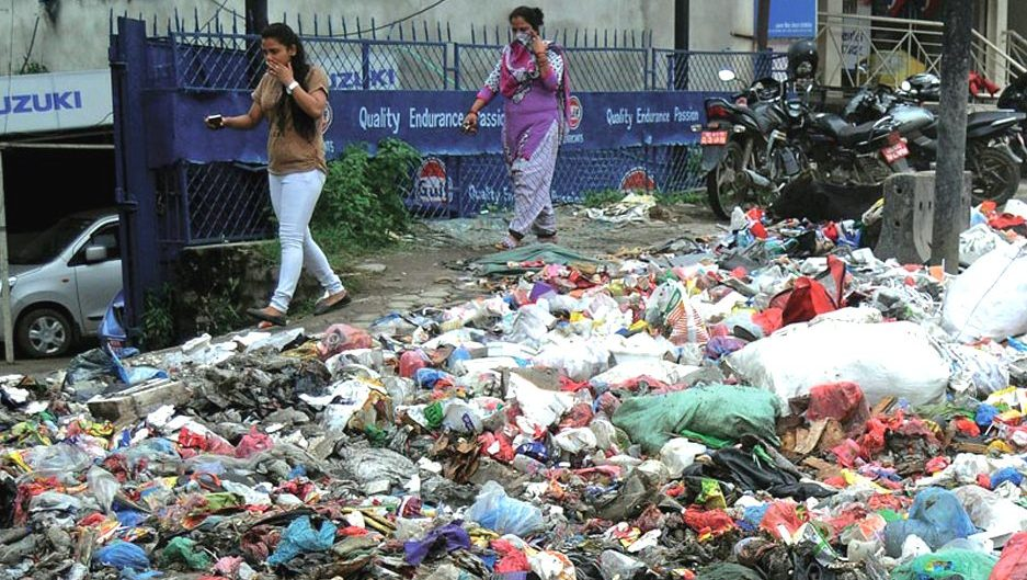 Diseases Outbreak in the Valley as Garbage Piles on the Street. Image Source: The Kathmandu Post