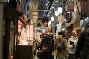 錦市場は市場なのか商店街なのかなんて実はどうでもいいことに早く気づけ