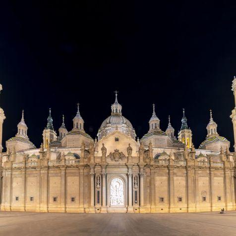 Exterior-Basilica-Pilar-Zaragoza-6